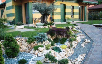 Декоративен камен за патеки во дворот